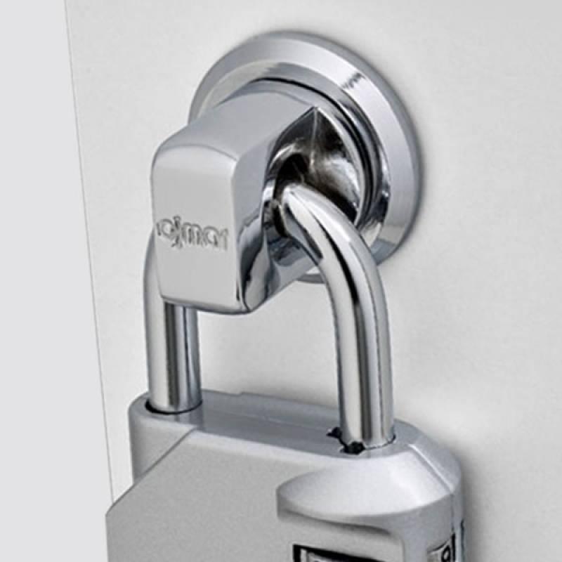 Safety twist lock